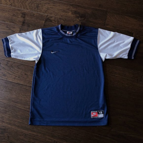 Vintage Nike Athletic Running T Shirt 💙